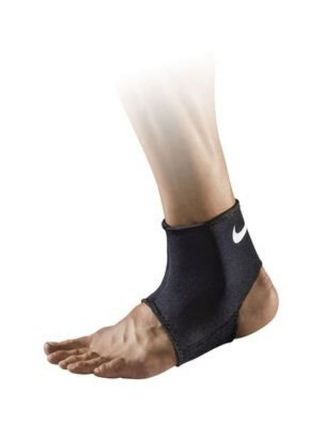 Oferta de Tobillera Pro Ankle 2.0 Nike por $8990