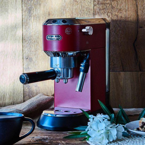 Ofertas de Cafetera Espresso Dedica por $19999
