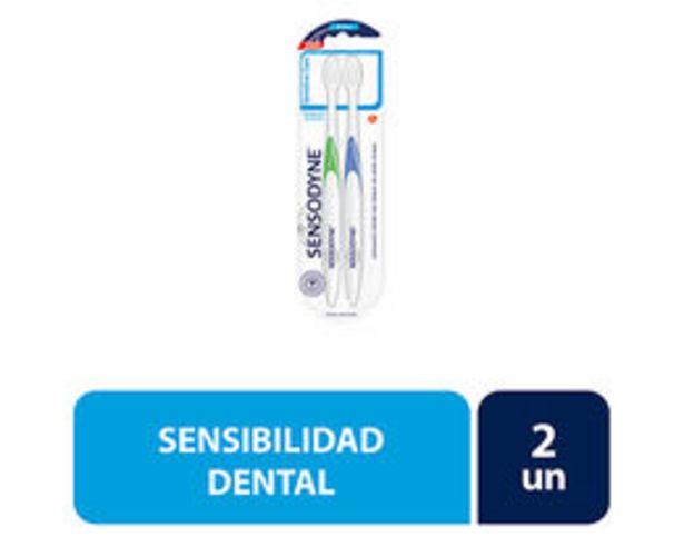 Ofertas de Pack Cepillos Dentales Dientes Sensibles Efecto Encías Suaves por $3990